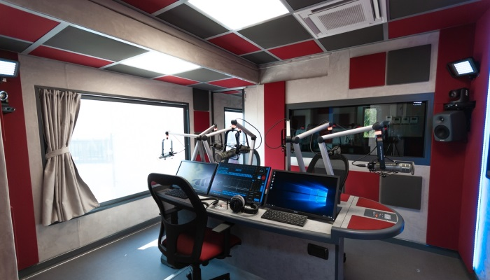 Radio OB van with Lawo installation wins BroadcastPro Middle East Engineering Award
